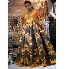 African Fashion Ankara, African Inspired Fashion, Latest African Fashion Dresses, African Traditional Wedding Dress, African Fashion Traditional, African Prom Dresses, African Dress, African Print Wedding Dress, Beautiful Dress Designs