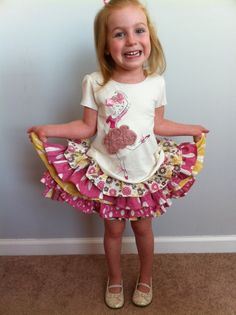 Elisa Loves: How to Sew a Ruffle Skirt from a T-shirt and Fat Quarters