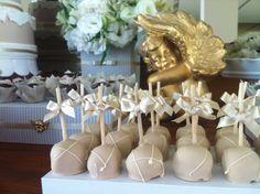 Detalhes de Festa: Batizado anjo dourado