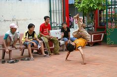 Saigon - Break dancing     http://viettelidc.com.vn
