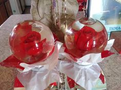 How To Make Water, How To Make Rose, Nifty Crafts, Diy Home Crafts, Diy Snow Globe, Snow Globes, Rose In A Glass, Redwood Wedding, Quinceanera Centerpieces