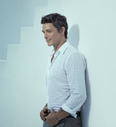 Alejandro Sanz- one of my favorite musicians. He's Spain's finest. He's really talented and just happens to be gorgeous...