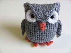 Amigurumi Owl - €4.00 by Mevlinn Gusick of MevvSan  Owls Part 1 - Animal Crochet Pattern Round Up - Rebeckah's Treasures