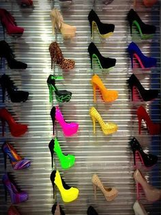 Muchos tacones(High Heels) para elegir! shoes