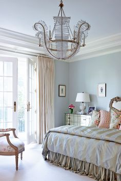 9 totally different rooms that mastered blue paint