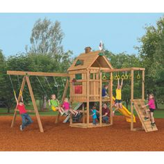 Boredom will become a thing of the past with the PlayStar® Contender Silver Playset. Your kids will love camping out in the clubhouse and swinging from the various gym rings.