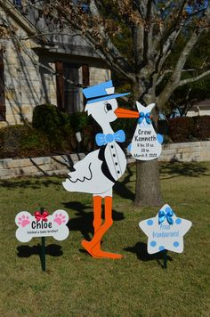 Storks & Celebration Signs of Temple offer yard sign rentals for baby announcements and more. Our customized storks provide a warm welcome home for your growing family and we will soon add birthday and occasion signs to our expanding inventory. Storks, March 3rd, Welcome Home, New Baby Products, Temple, Celebration, Texas, Yard, Signs