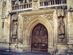 Detalle Puerta de Acceso a la Abadia de Bath (Bath - England)