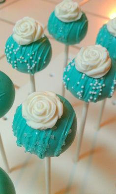 I'm not a fan of cake pops, but these ones are really cute.