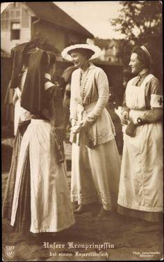 Cecilie and nurses