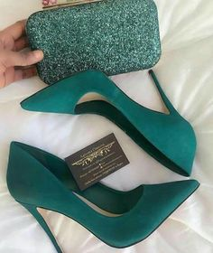 48 tendencias de zapatos para inspirar a todas las chicas - Shoes - Schuhe für Frauen - Schuhtrends - Zapatos Ideas Pretty Shoes, Beautiful Shoes, Cute Shoes, Me Too Shoes, Cute Pumps, Beautiful Pictures, Crazy Shoes, Girls Shoes, Ladies Shoes