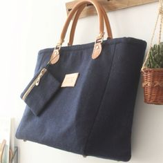 4432c3bc1364 Items similar to Felt Bag in Navy  Handbag  Laptop Bag  Wool bag  Toto Bag   Wool Felt  Purse  Shoulder Bag on Etsy