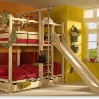 bunk bed with slide! this is awesome!!!