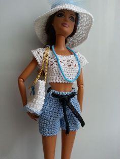 vêtement poupée mannequin Barbie (285)                                                                                                                                                                                 Plus