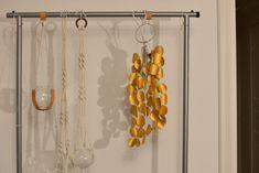 DIY - Lampa av toarullar - Diagnos:Kreativ Wind Chimes, Mall, Outdoor Decor, Home Decor, Creative, Decoration Home, Room Decor, Interior Design, Home Interiors