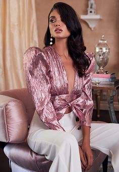 Shop our latest styles of SHES A LADY at REVOLVE with free day shipping and returns, 30 day price match guarantee. Glam Dresses, Fashion Dresses, Outfits Fiesta, Style Haute Couture, Editorial Fashion, Fashion Trends, Behr, Elegant Outfit, Pulls