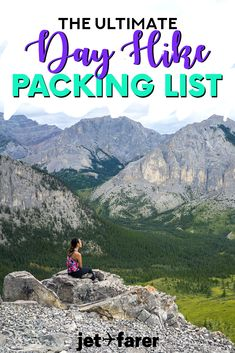 Wondering what to bring for the perfect day hike? Check out our complete day hike packing list to be sure you don\'t miss anything! Includes the 15 most important items to pack for your hiking trip with helpful tips. #dayhike #hiking #packinglist #packing #dayhikingpackinglist