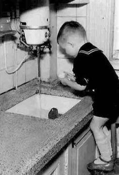keuken in de sarphatistraat amsterdam 1955