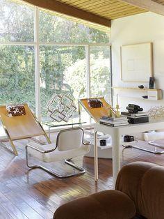 the white chair - Freischwinger-Sessel