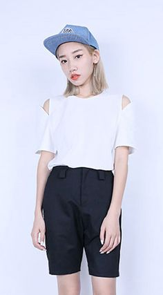 Fashiontroy Minimalism short sleeved crew neck white black cutout solid color cotton T-shirt