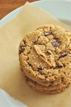 The Best Whole Wheat Chocolate Chip Cookies