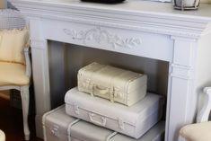 Elementi decorativi in stile shabby chic creati con il riciclo delle valigie vintage #DIY #suitcase #vintage #shabby #chic