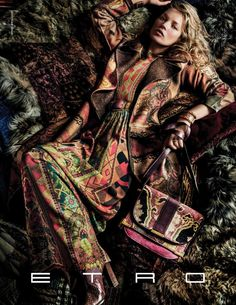 ETRO FALL/WINTER 2015-2016 ADVERTISING CAMPAIGN.  MODEL: KATE MOSS PHOTOGRAPHER: MARIO TESTINO MAKE-UP: VAL GARLAND