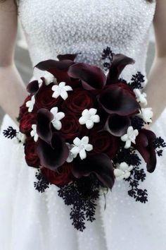 dark red and white halloween wedding bouquet / http://www.himisspuff.com/halloween-wedding-ideas/10/