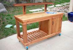 DIY Outdoor Furniture - Potting Bench