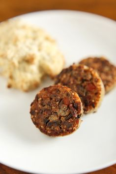 The Chubby Vegetarian: Vegetarian Breakfast Sausage