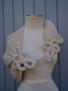 Stricken : Bolero Cover up Bridal Shrug Bridal ShawlOff White by Crochet Shawls And Wraps, Knitted Shawls, Crochet Scarves, Crochet Clothes, Crocheted Scarf, Crochet Wedding, Crochet Lace, Crochet Flowers, Knitting Patterns