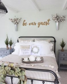 Farmhouse Bed 1027