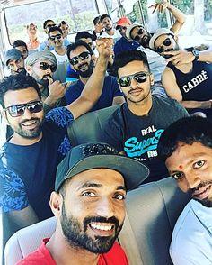 Rolling with the boys for an island visit ✌️✌ Mumbai Indians, Crickets, Virat Kohli, Sports Memes, Selfies, Legends, Blues, Hero, Celebs