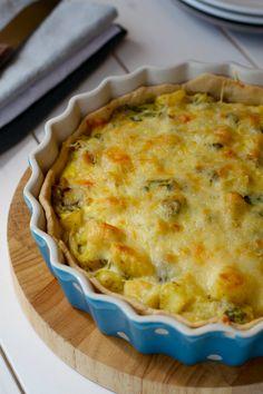 potato and spring onion quiche (veggie pie) | Lisa Hjalt