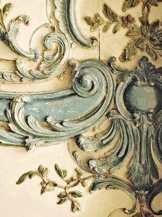 """Blue Lace"" bas relief in Versailles, Paris ~ Rococo, Marie Antoinette style. Versailles, Shabby Chic, Annie Sloan Chalk Paint, French Decor, Architectural Elements, Architectural Antiques, Wabi Sabi, Decoration, Old World"