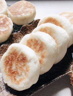 ingredients (makes dough pau/cake flour cold water instant dry yeast caster sugar filling minced chicken thigh meat (about 2 chicken thighs) potato starch. Cake Flour, Dry Yeast, Chicken Thighs, Pancakes, Bread, Baking, Recipes, Food, Asian
