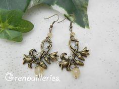 Boucles d'oreille fleuries, citrine et pierre de lune .Chantelune : Boucles d'oreille par grenouilleries