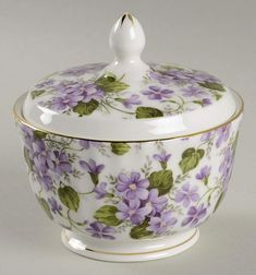 Violet Teapot and Lid By Gracie Bone China Replacements, Ltd. Porcelain Jewelry, Porcelain Ceramics, China Porcelain, Porcelain Tiles, Antique Dishes, Antique China, Glass Ceramic, Ceramic Pottery, Painted Glass Vases