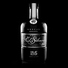 Mezcal El Silencio Black Mezcal Brands, Whiskey Bottle, Vodka Bottle, Day Wishes, Food Labels, Printing Labels, Custom Labels, Label Design, Liquor