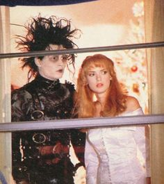 "The photo ""Johnny Depp and Winona Ryder in Edward Scissorhands has been viewed times. Cute Couple Halloween Costumes, Halloween Inspo, Johnny Depp Winona Ryder, Red Hair Looks, Scissors Hand, Tim Burton Films, Edward Scissorhands, Film Stills, Movies Showing"