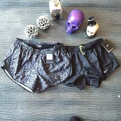NWT Nike run short bundle cheetah + black Brand new with tags   * comes with both shorts * cannot be used w +add to a bundle feature *  ALL CLOTHING is either NWT or Preloved has been washed + sanitized then kept in a PET FREE and SMOKE FREE environment .  too expensive , gonna break da bank ? Then add me to a  b u n d l e  or please use the OFFER BUTTON     n o  l o w  b a l l i n g  REASONABLE offers accepted , I do love negotiating . But PLEASE do not offer 40% below asking price .      N…