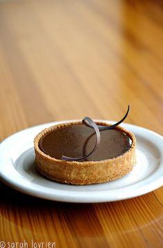 chocolate salt caramel tart