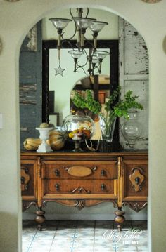Fall entry table Hillary Butler {Fine Art}: Fall Decorating: The Buffet & The Island