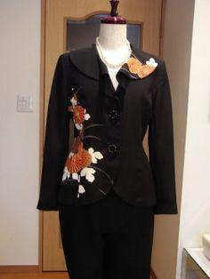 留袖のからのリメイクです。 昨日の最後の写真のジャケツトのご紹介を。 NYファッション雑誌に、柄配置が似たテーラーのジャケットを参考にしました。 着... Fun Stuff, Kimono, Japan, Blouse, Long Sleeve, Sleeves, Tops, Design, Women