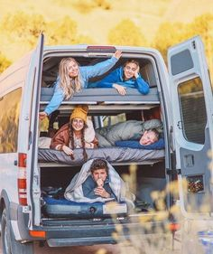 25 Van Life ideas for your next RV conversion We've put together a list of 25 of the best and unique van life ideas out there for your next camper conversion, so if you're looking to build out or renovate your van be sure to give this article a read befor Vw Camper, Sprinter Camper, Camper Life, Mercedes Sprinter, Kombi Trailer, Kombi Motorhome, Motorhome Interior, Campervan Interior, Van Conversion Campervan