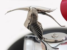 Created by Delahaye USA, the Bugnaughty combines the classic styles of Auburn, Delahaye and Bugatti to incorporate the timeless designs and features of the world Classic Style, Classic Cars, Hispano Suiza, Car Hood Ornaments, Radiator Cap, Car Brochure, Unique Cars, Car In The World, Bugatti