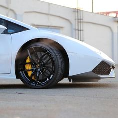 #lamborghini #huracan #lamborghinihuracan #cool #nice #amazing #photo #love #photooftheday #beautiful #awesome