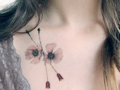 How cool! Temporary Tattoo Bluejay Feather and Wild Roses (Includes 2 Tattoos) by BurrowingHome on Etsy https://www.etsy.com/nl/listing/202971823/temporary-tattoo-bluejay-feather-and