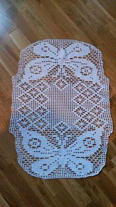 Made by Chippzan: Virkad duk med fjärilar.