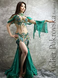 Belly Dancer Costumes, Belly Dancers, Dance Costumes, Hot Outfits, Dance Outfits, Dance Dresses, Beach Party Outfits, Deepika Padukone Style, Belly Dance Outfit